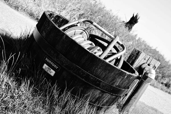 樽とホース