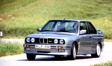 BMW-M3_1987_1024x768_wallpaper_02.jpg