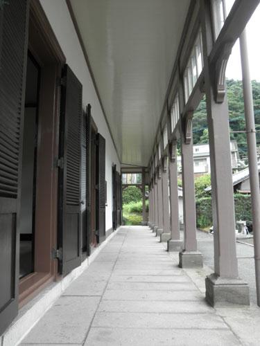 異人館外廊