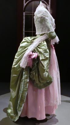 羊飼いのドレス(復元)