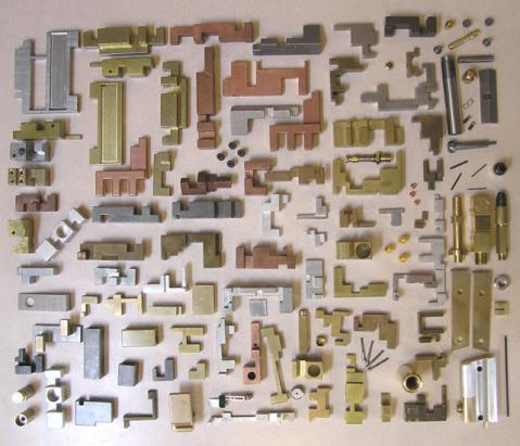 intimidator1_pieces-550h.jpg
