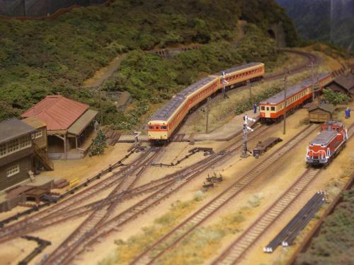 Nゲージレイアウト スイッチバック駅 キハ58 キハ52  2