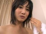 ロリ系の可愛い若妻が母乳噴射