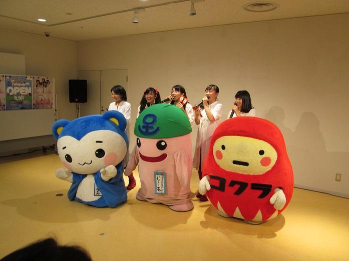 「「アズと人気絵師」展」最終日15