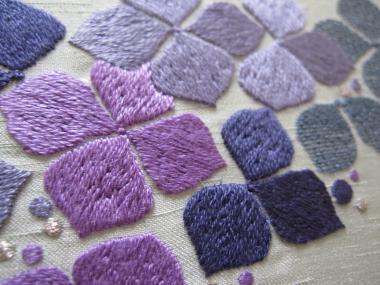 紫陽花の刺繍アップ!