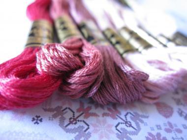 ピンクの刺繍糸