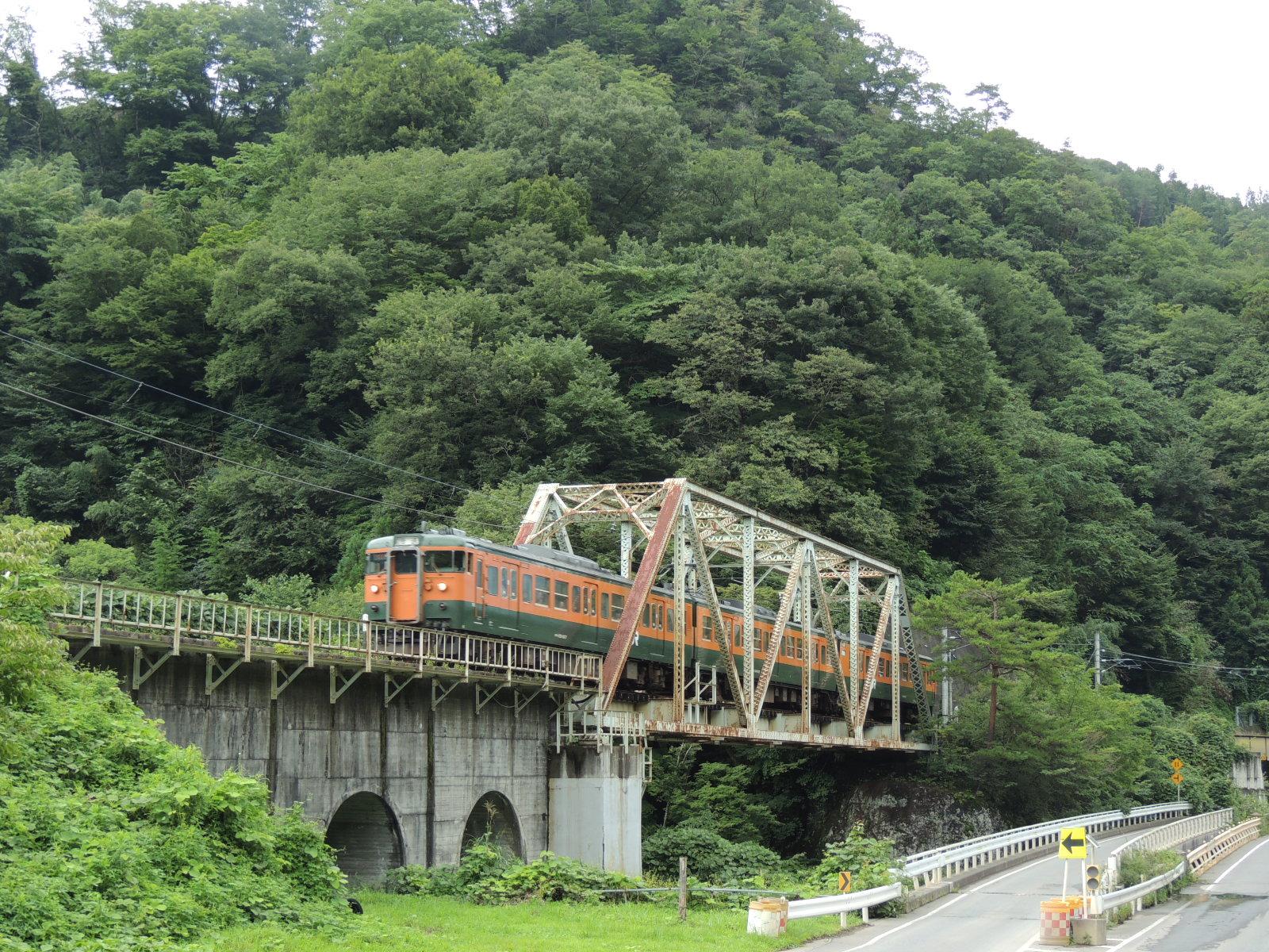 115系吾妻線 川原湯温泉鉄橋 (3)