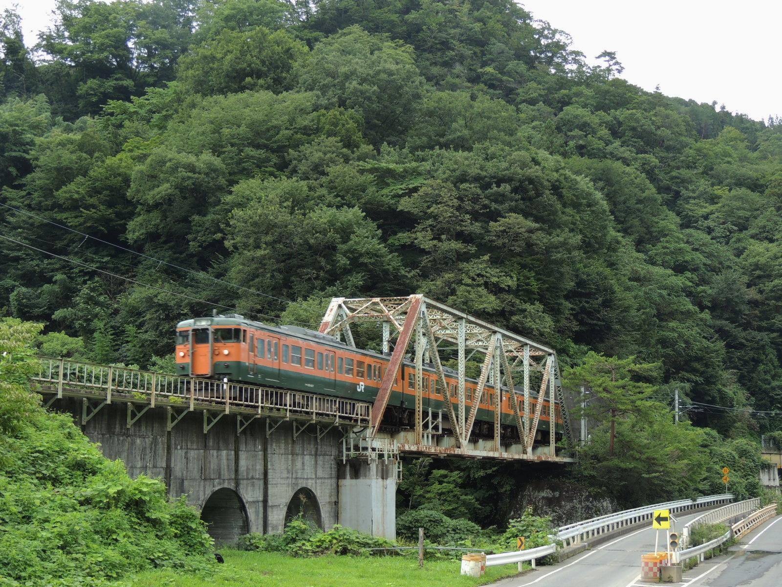 115系吾妻線 川原湯温泉鉄橋 (5)