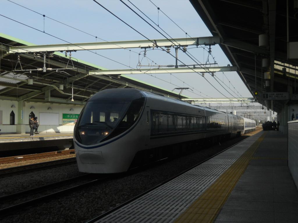 371系和泉多摩川にて