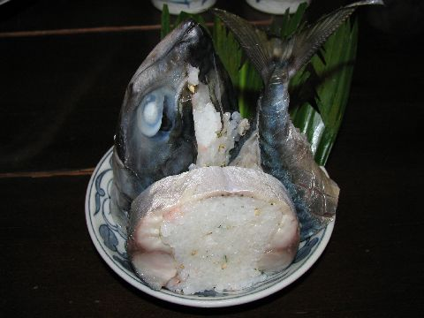 鉢料理の鯖寿司