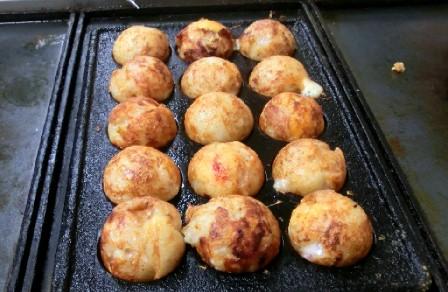 CIMG0130.チーズ入りたこ焼きJPG