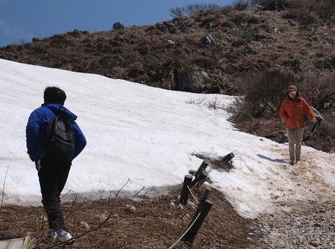 雪渓 072