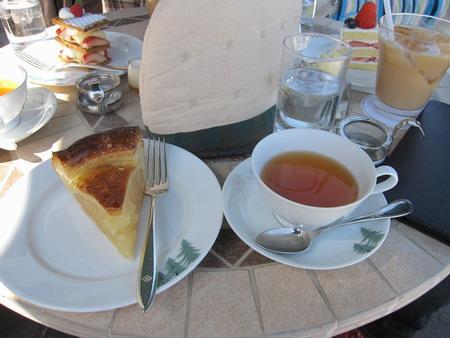 IMG_4810アップルパイと紅茶