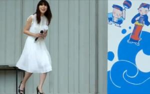 田中麗奈の衣装(服装、洋服、ファッション)のキャプチャー画像