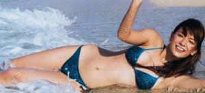 スザンヌの水着姿