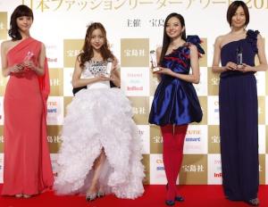 佐々木希、板野友美(AKB48)、ベッキー、米倉涼子