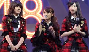 AKB48(前田敦子、大島優子、柏木由紀)