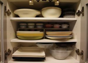 ラックを使用したお皿の収納術
