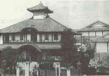 龍池小学校望楼