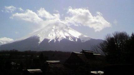宿の正面から富士山!