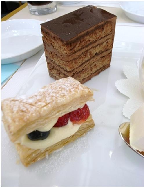イマダミナコチョコレートケーキ