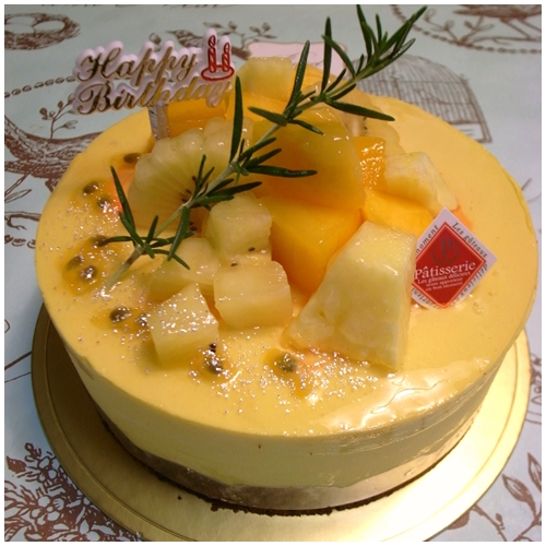 マンゴーケーキ