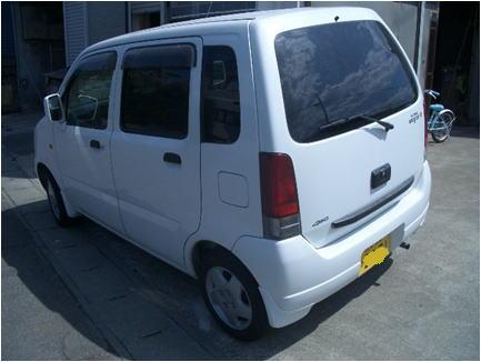 wagon-r2-03.jpg
