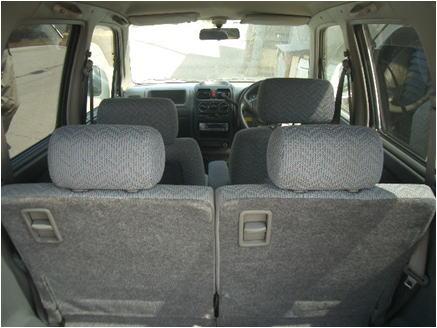 wagon-r2-06.jpg