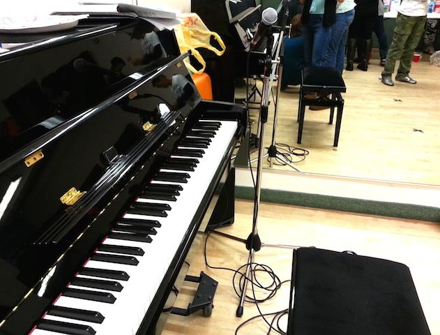 piano_mic.jpg