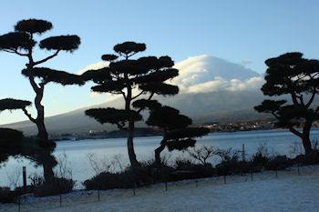 2011_0116雪と富士