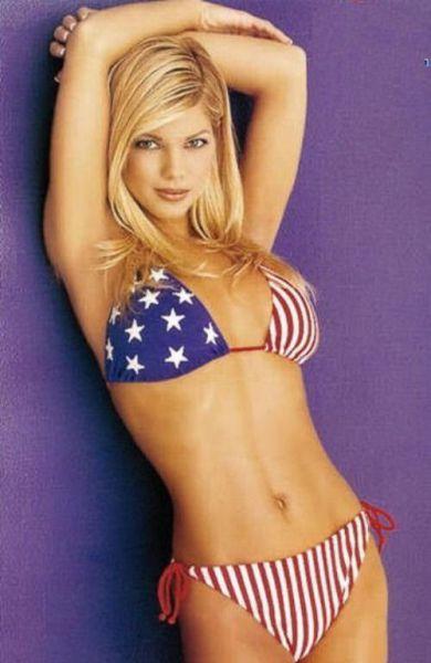 hot_patriot_girls_640_29.jpg