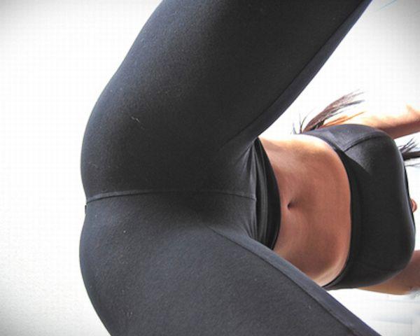 yoga_pants_107.jpg