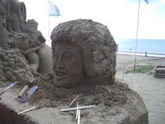 千里浜砂像2011 007