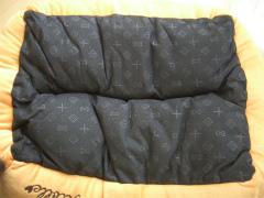 クロのベッド 003