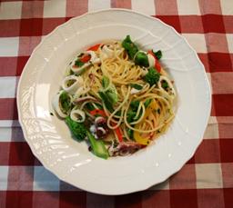ヤリイカと菜の花のスパゲッティ1