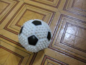 サッカーボールとアレックス2