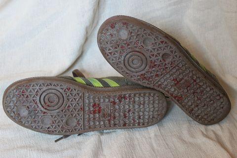 shoe011.jpg