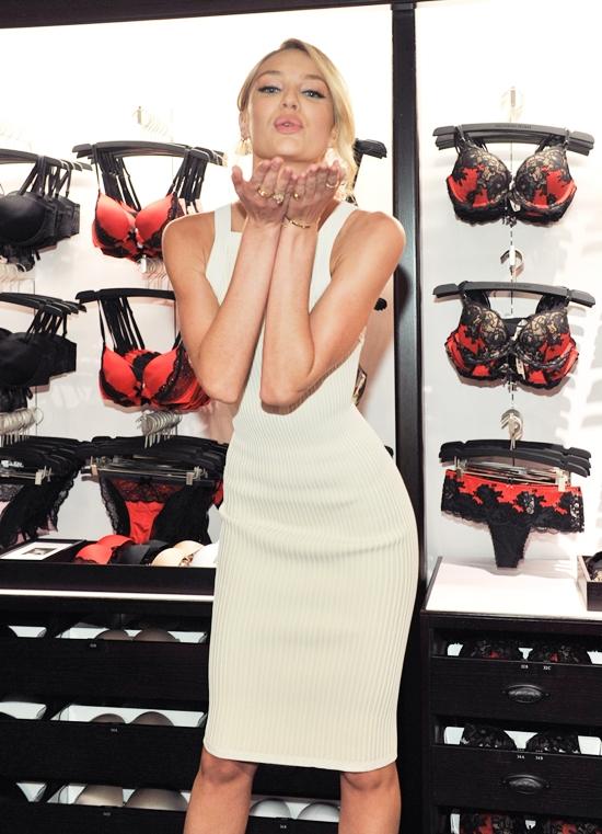 超スリムなエンジェル!キャンディス・スワンポール最新画像&ファッション