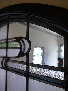 H邸ステンドグラス楕円2