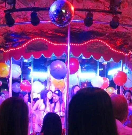 carousel6anniversary (3)