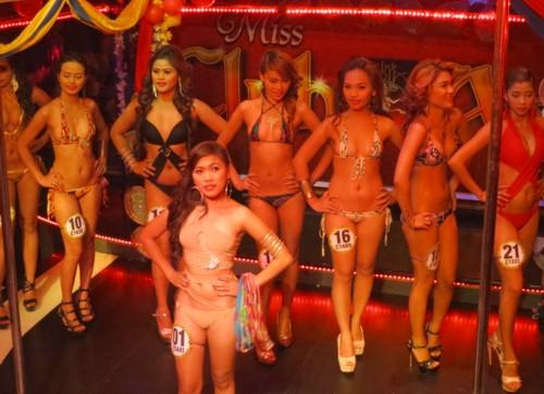 miss asia2013 coronation (41)