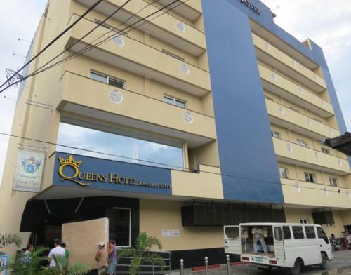 queens hotel091813 (1)