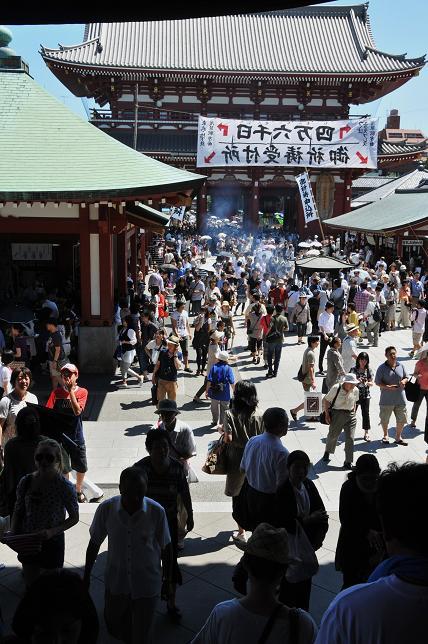 200  浅草寺