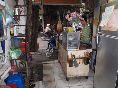 ビエットホアの調理場。