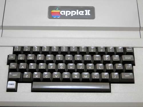 Apple2Std_02.jpg