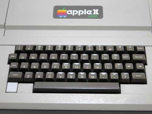 Apple2plus_02.jpg