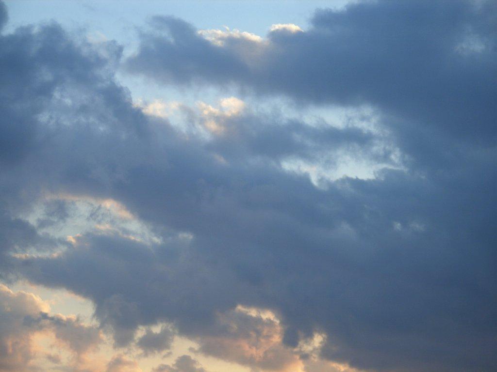 SkyDay123.jpg