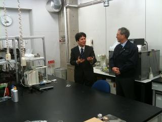 実験室にて(2)