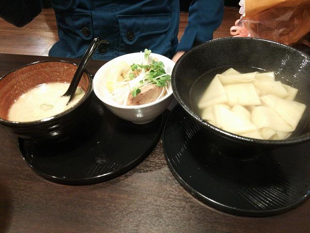 太萬ラーメン_カツヲつけ麺(極太麺)