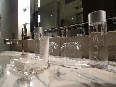 Park Hyatt Shanghai water-basins-with-voss